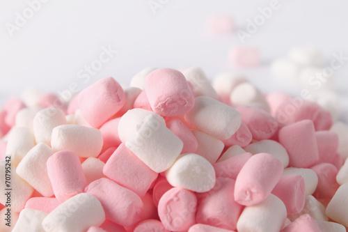Pastel Marshmallow - 70795242