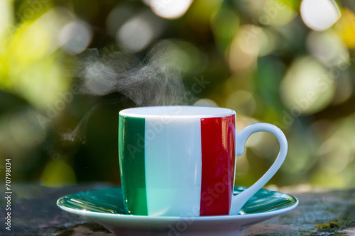 In de dag Cafe Italian coffee. Cup with italian flag