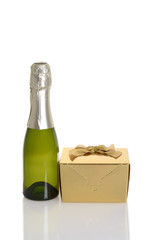 mini champagne with gold gift