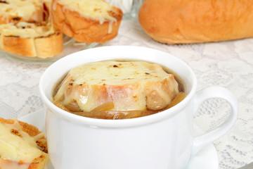 closeup french onion soup