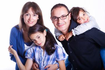 famiglia papà mamma e bambine