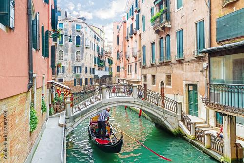 In de dag Gondolas Canal in Venice, Italy