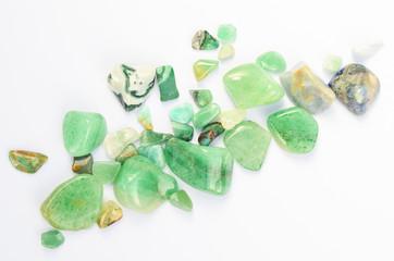 Grüne Edelsteine poliert Heilsteine Glückssteine