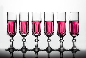 Bicchieri flute cristallo, liquido rosa