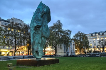 Horse Head Monument and Marble Arch, London