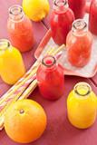 Verschiedene Fruchtsmoothies