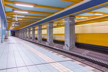 Deutschland, Berlin, U-Bahnhof Lindauer Allee