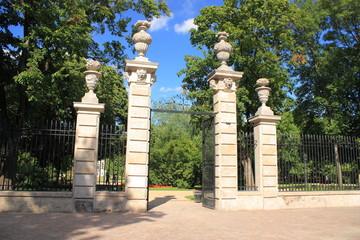 Brama Parku Krasińskich w Warszawie