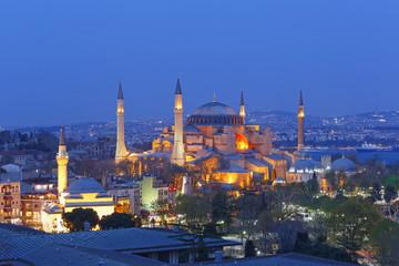 Türkei, Istanbul, Hagia Sophia in der Abenddämmerung