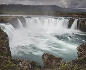 Island, Pingeyjarsveit, Godafoss-Wasserfall