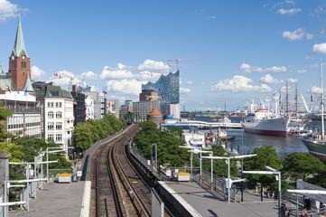 Deutschland, Hamburg, Hamburger Hafen, St. Pauli-Landungsbrücken, Station, Platform