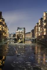 Deutschland, Hamburg, Das Wasserschloss in der historischen Speicherstadt von Hamburg