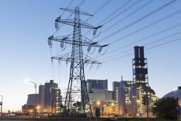 Deutschland, Hamburg, Kohlekraftwerk Moorburg am Abend