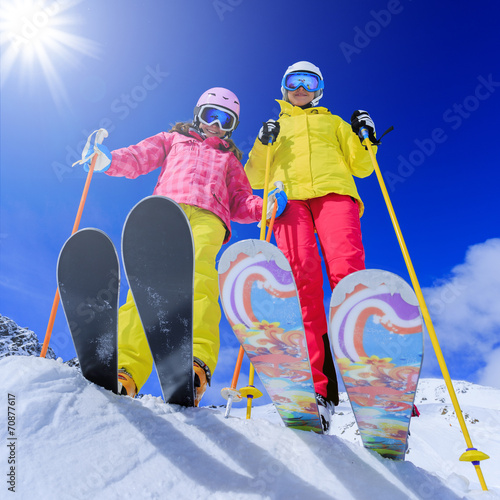 canvas print picture Ski, skiers - skiers enjoying ski vacation