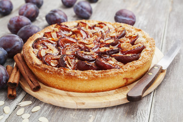 Plum cake with cinnamon and almonds