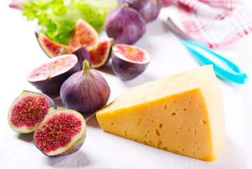 cheese with fresh figs