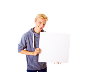 Teenager mit Schild