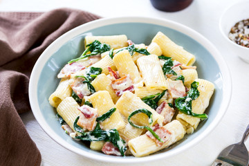 Pasta with Bacon and Spinach cream sauce