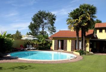belle villa avec piscine