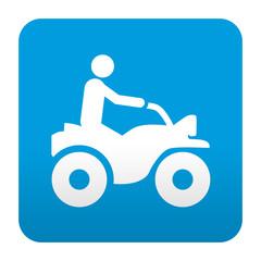 Etiqueta tipo app simbolo piloto de quad