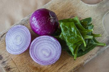 Cebollas y espinaca