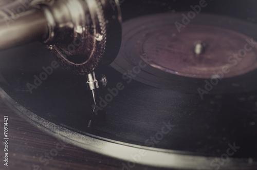 vintage classic gramophone player needle record - 70914421
