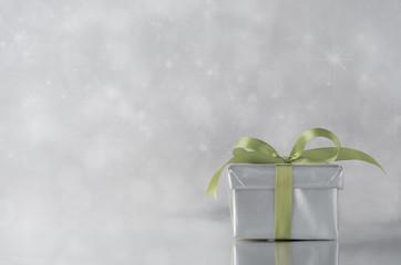 Silver Gift - Green Ribbon