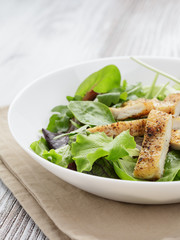 roasted chicken with mix salad