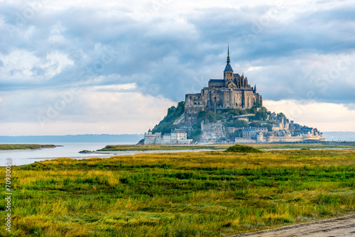 Mont Saint-Michel in morning haze - 70930058
