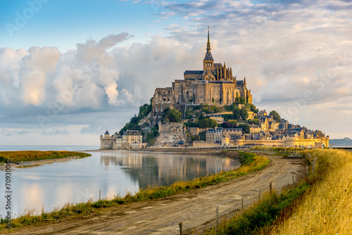 Keuken foto achterwand Kasteel Morning view at the Mont Saint-Michel