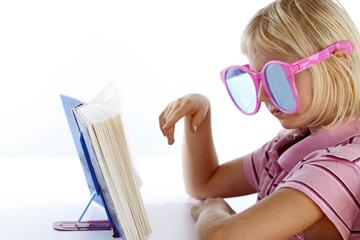 Lesespaß mit Brille
