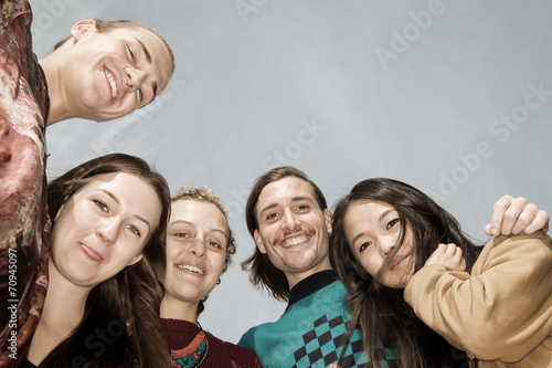 Five people look from top to bottom - 70945097
