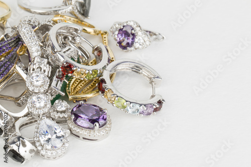 Leinwanddruck Bild Many fashionable women's jewelry - Stock Image macro.