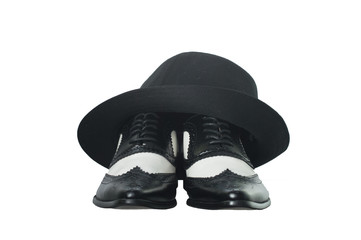 Black and white gangster shoes and hat