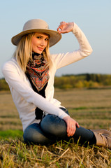 русская ковбойка на сене