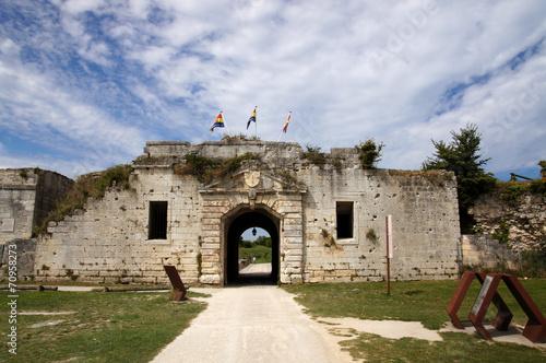 Papiers peints Fortification Porte royale de la citadelle de Château d'Oléron