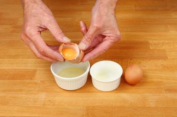 Hands eggs