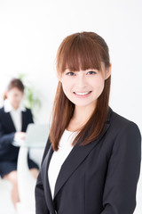 asian businesswomen in the office