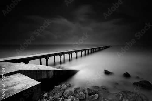Plagát Jetty or Pier in black and white