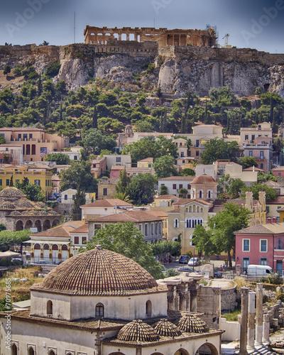 Fotobehang Athene Athens acropolis and Plaka old neighborhood, hdr