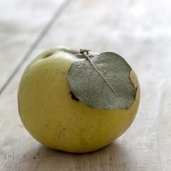 Organic apple quince