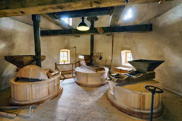 historische Windmühle Innen