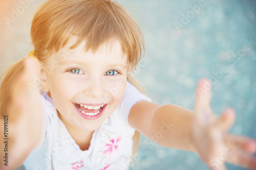 happy liitle girl close-up - 70991025