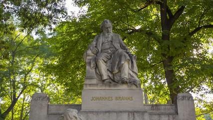 Brahms 01
