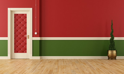Red and green classic room