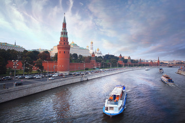 moscow kremlin summer sun day
