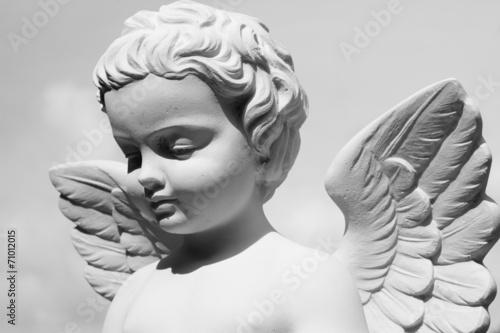 angelic statue - 71012015