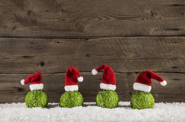 Hintergrund weihnachtlich Holz: Dekoration rot, grün, weiß