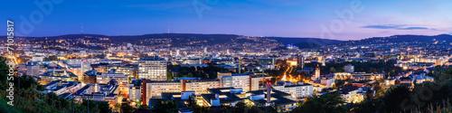 Fotobehang Centraal Europa Stuttgart zur blauen Stunde