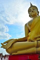 Huge golden Buddha Located in Lam Luk Ka